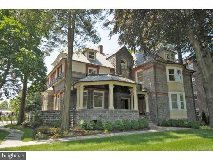 Condominio por un Alquiler en 802 W MONTGOMERY AVE #2 Bryn Mawr, Pennsylvania 19010 Estados Unidos