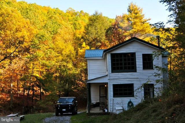 Single Family for Sale at 1465 Shoemaker Holw Mathias, West Virginia 26812 United States