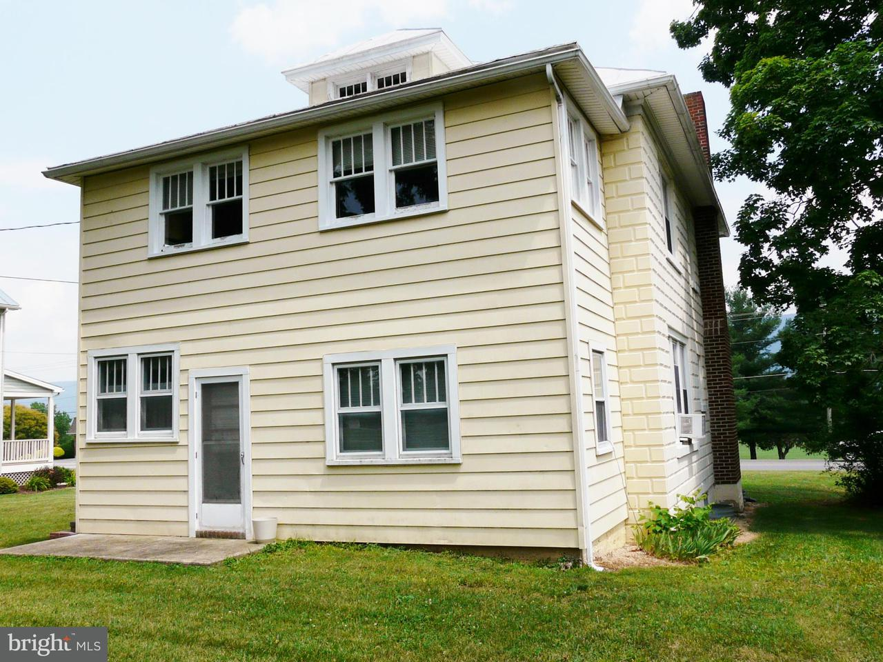 Additional photo for property listing at 9733 Congress St  New Market, Virginia 22844 United States