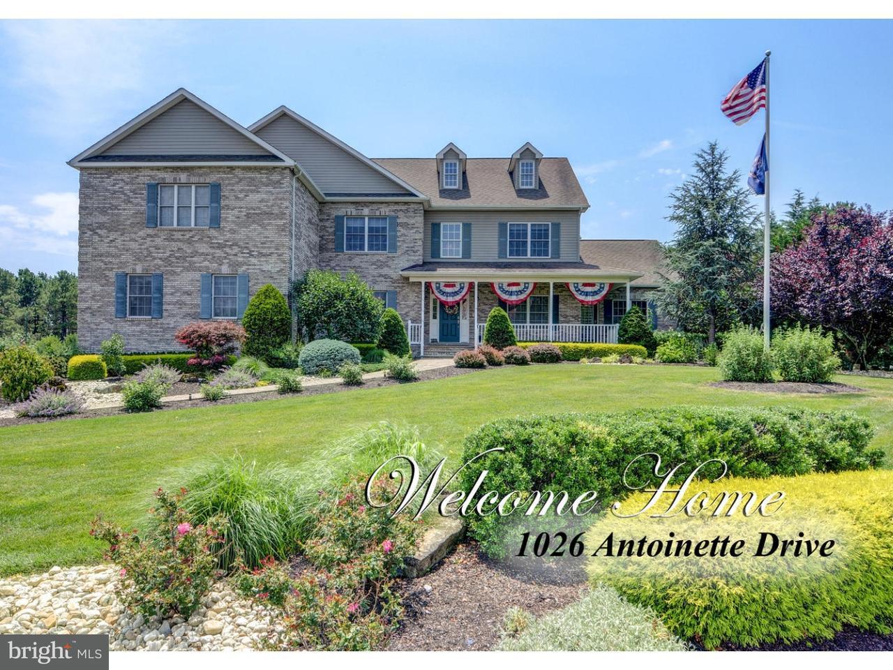 Casa Unifamiliar por un Venta en 1026 ANTOINETTE Drive Monroe, Nueva Jersey 08831 Estados UnidosEn/Alrededor: Monroe Township
