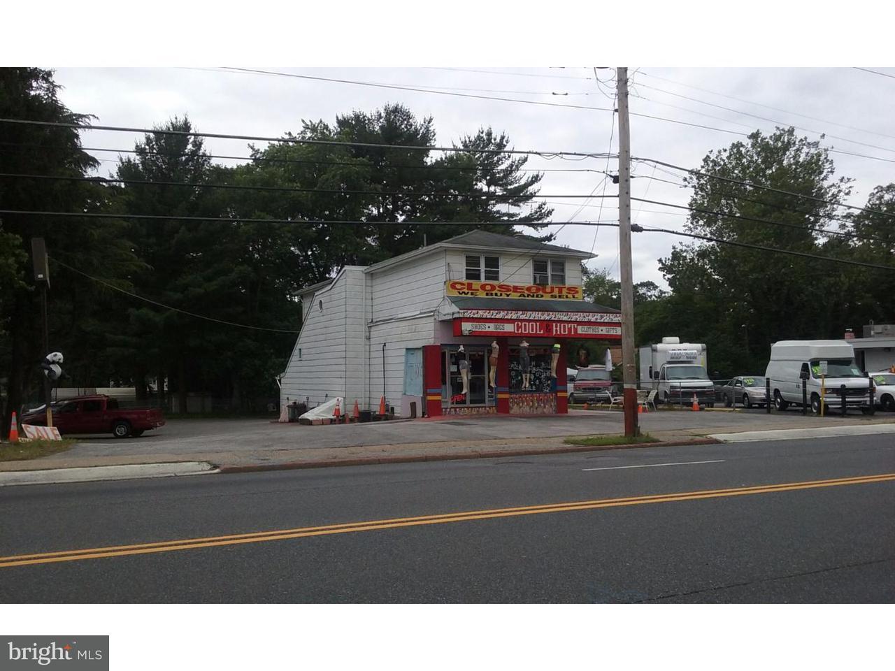 独户住宅 为 销售 在 146 WHITE HORSE PIKE Clementon, 新泽西州 08021 美国