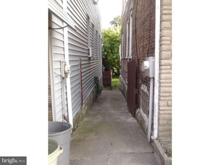 Additional photo for property listing at 2032 EDGMONT Avenue  Chester, Pennsylvania 19013 Estados Unidos