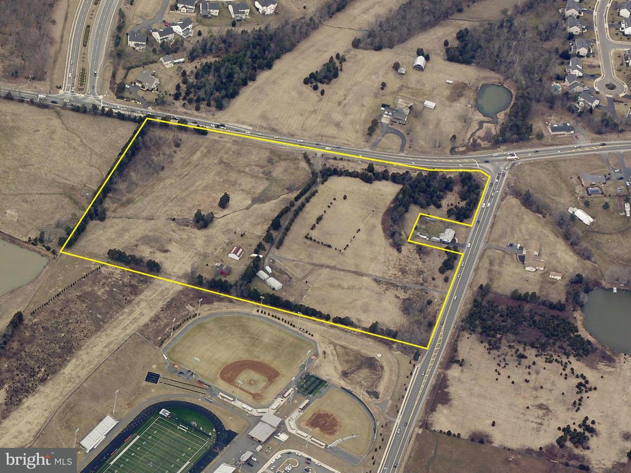 土地 のために 売買 アット 12805 VINT HILL Road 12805 VINT HILL Road Nokesville, バージニア 20181 アメリカ合衆国