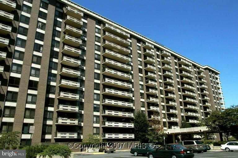 Condominium for Sale at 1808 OLD MEADOW RD #713 1808 OLD MEADOW RD #713 McLean, Virginia 22102 United States