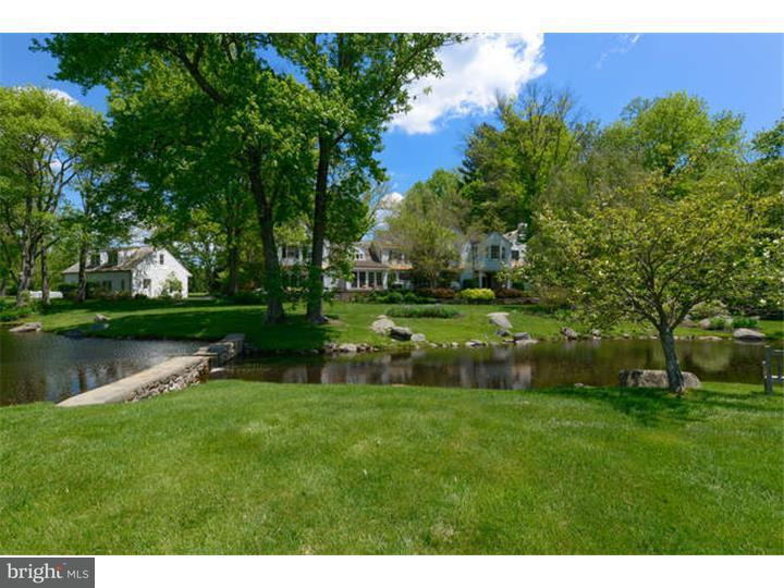 Single Family Home for Sale at 2111 BUTTONWOOD Road Berwyn, Pennsylvania 19312 United States