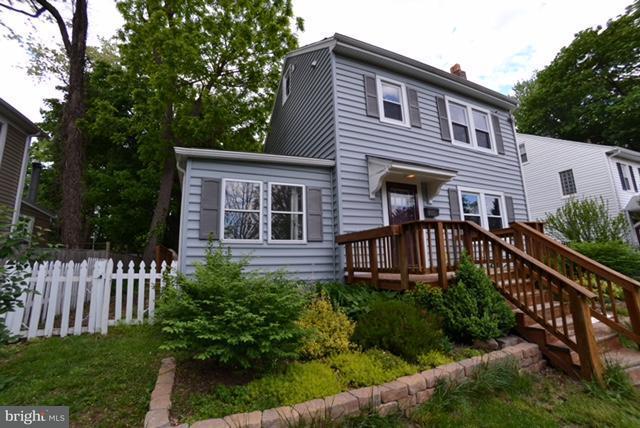 Single Family for Sale at 608 Evesham Ave Baltimore, Maryland 21212 United States