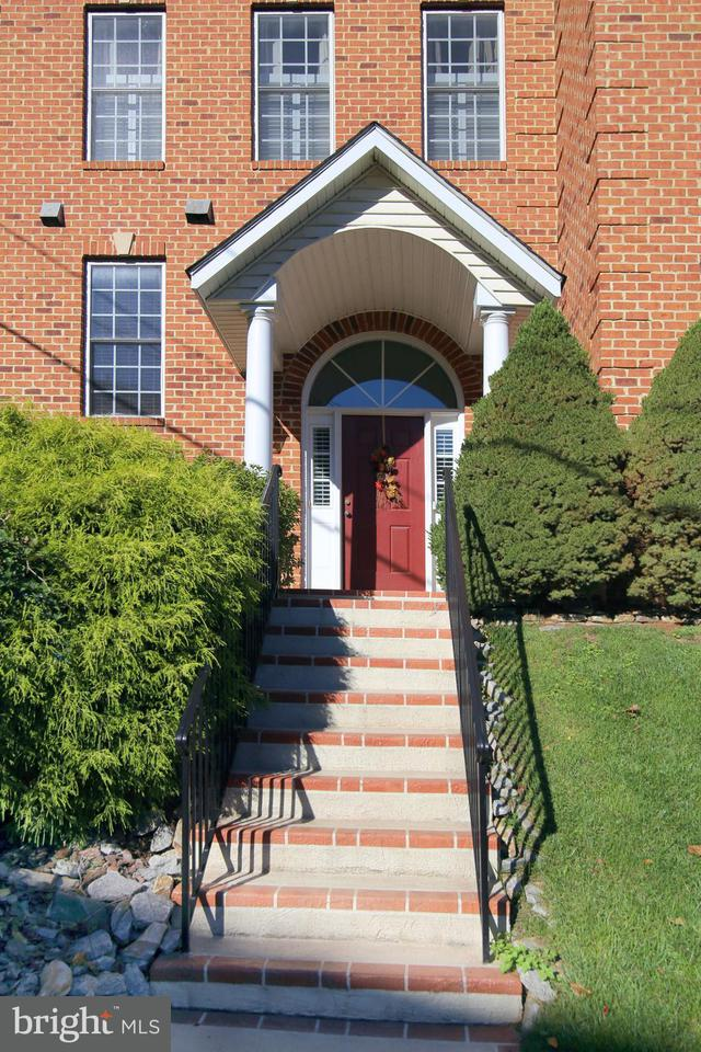 Additional photo for property listing at 391 MYRTLE Place 391 MYRTLE Place Occoquan, Virginia 22125 États-Unis