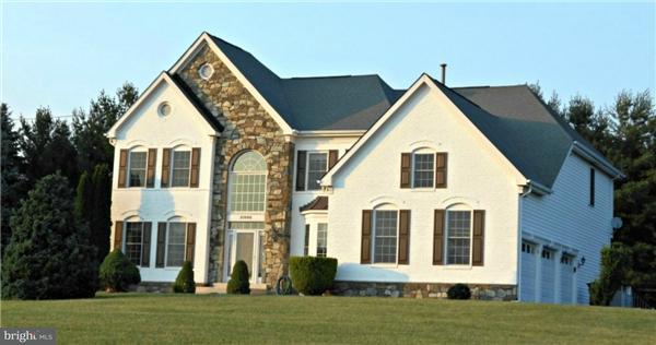 Villa per Vendita alle ore 21000 BROOKE KNOLLS Road 21000 BROOKE KNOLLS Road Laytonsville, Maryland 20882 Stati Uniti