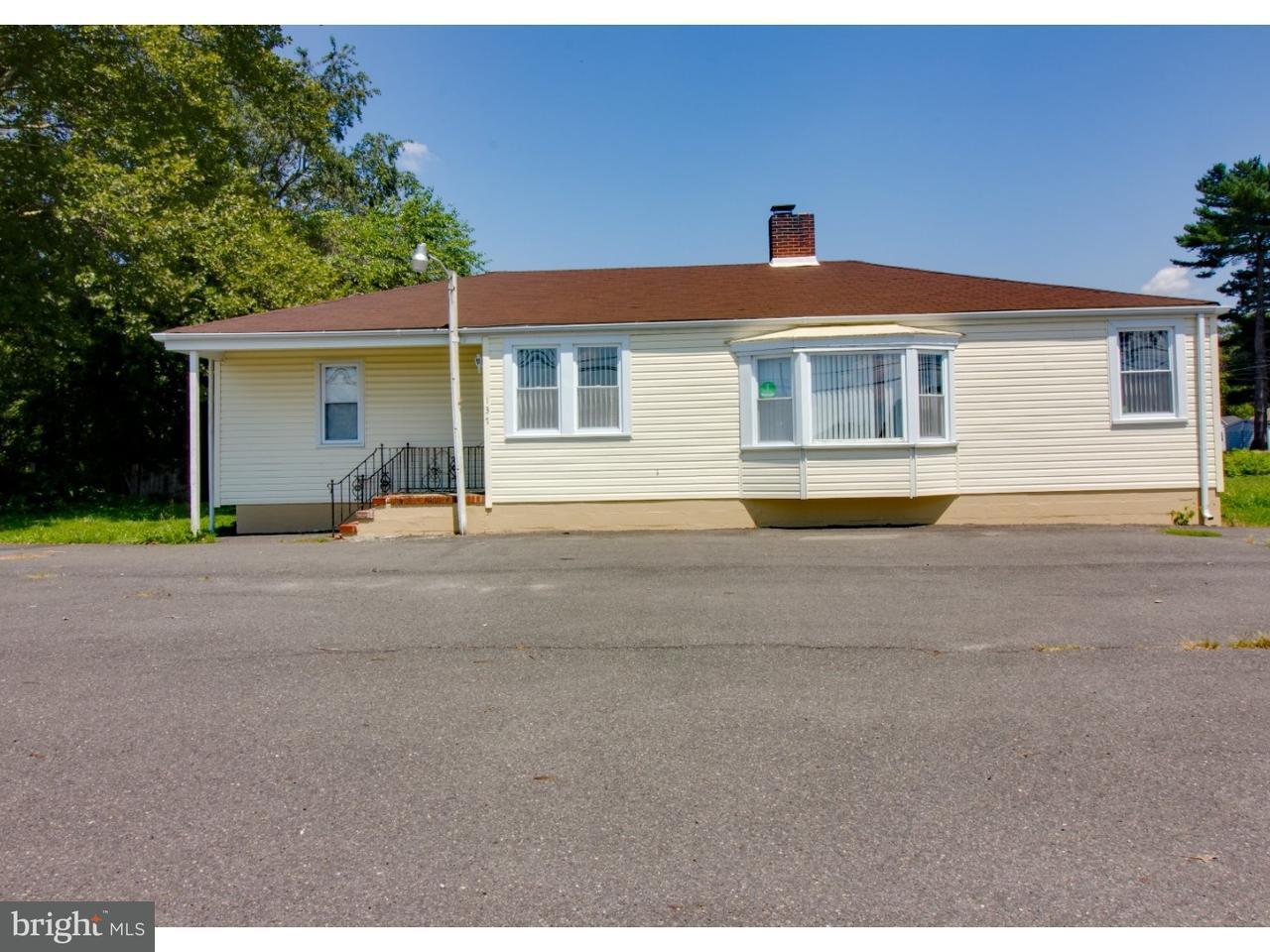 独户住宅 为 销售 在 137 ROUTE 530 Southampton, 新泽西州 08088 美国