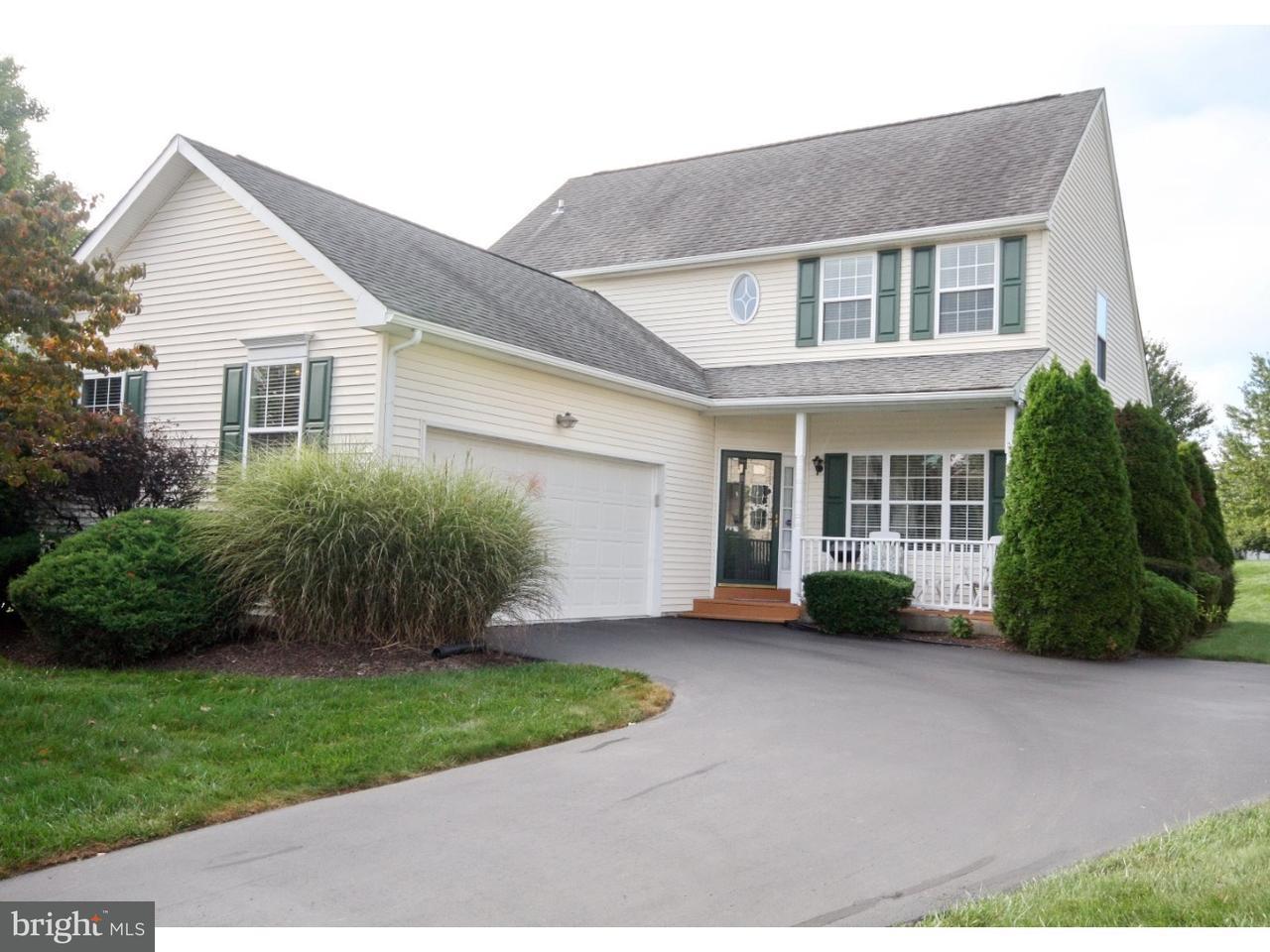 Maison unifamiliale pour l Vente à 209 PENN RIDGE Court West Grove, Pennsylvanie 19390 États-Unis
