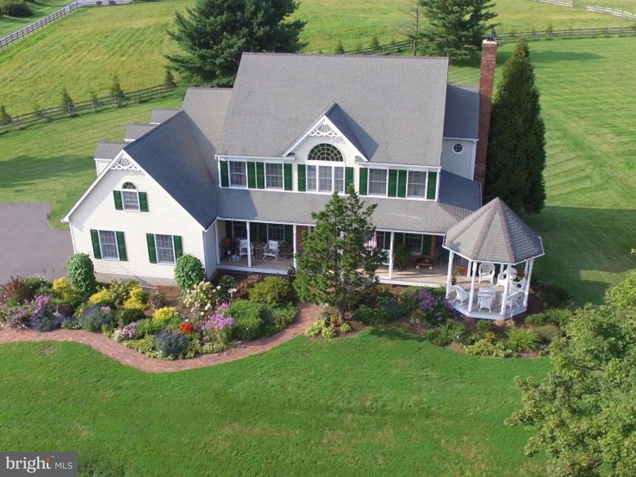 Maison unifamiliale pour l Vente à 113 BACK BROOK Road Ringoes, New Jersey 08551 États-UnisDans/Autour: East Amwell Township