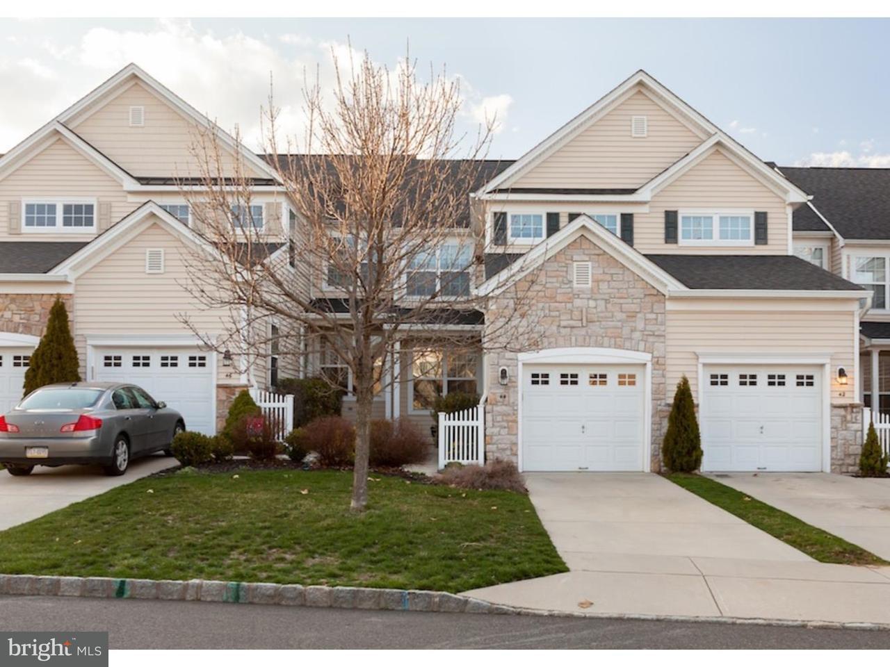 Casa unifamiliar adosada (Townhouse) por un Alquiler en 44 STERN LIGHT Drive Mount Laurel, Nueva Jersey 08054 Estados Unidos
