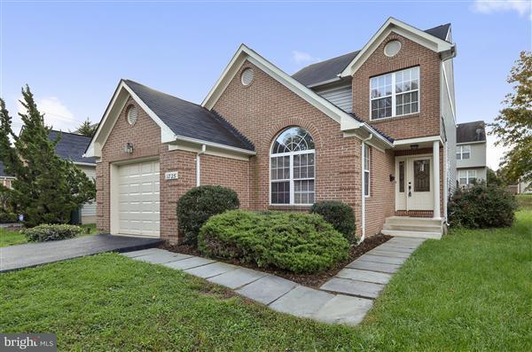 Single Family Home for Sale at 1725 DOUGLAS ST NE 1725 DOUGLAS ST NE Washington, District Of Columbia 20018 United States