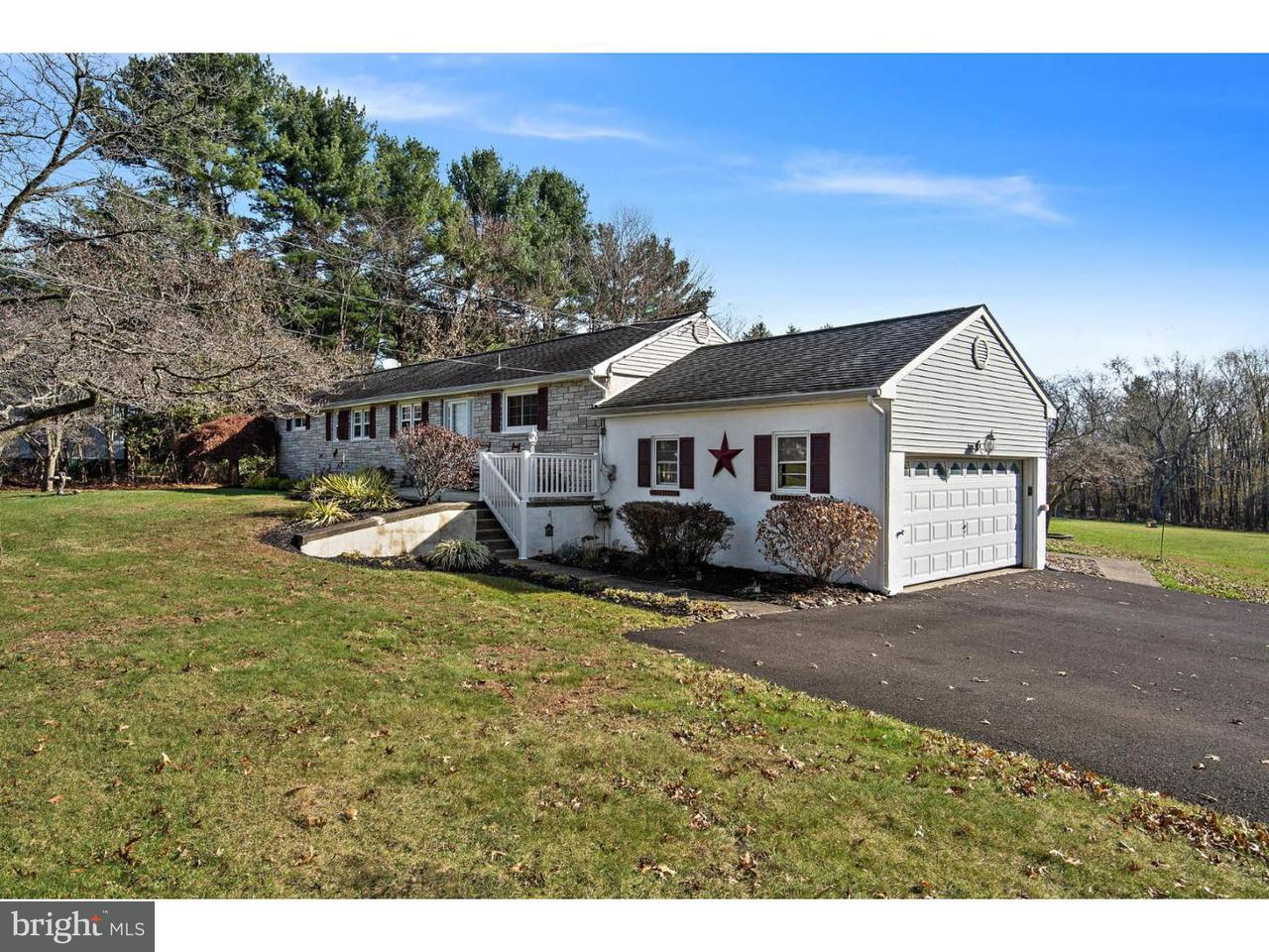 Casa para uma família para Venda às 1749 STONY Road Warwick, Pensilvânia 18974 Estados Unidos