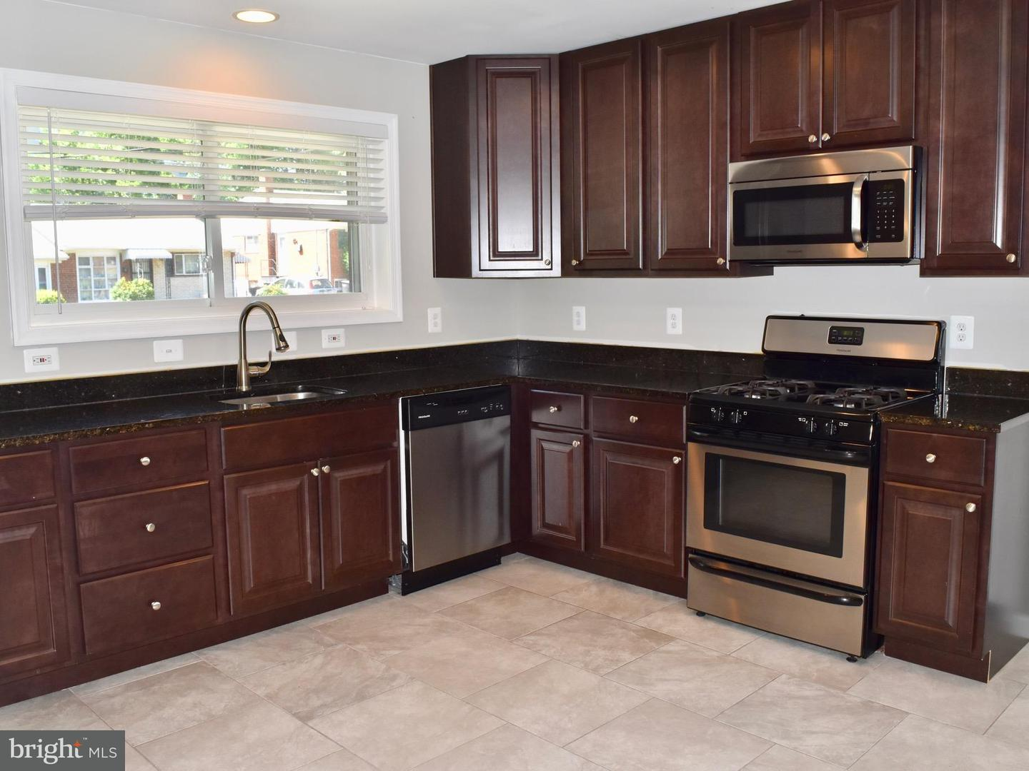 Other Residential for Rent at 108 Jordan St Alexandria, Virginia 22304 United States