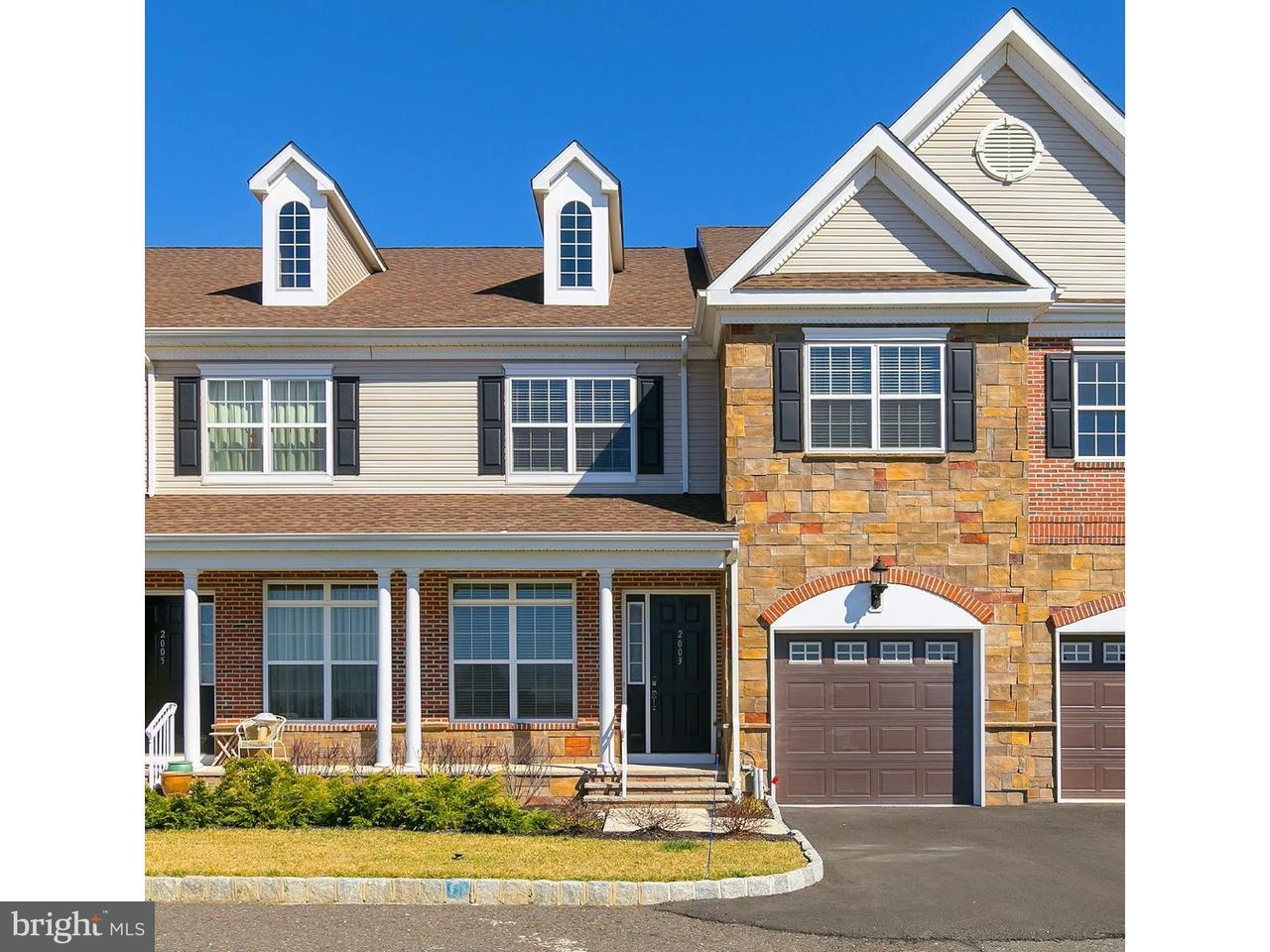 Appartement en copropriété pour l Vente à 2003 GRANDSTAND WAY Cherry Hill, New Jersey 08002 États-Unis