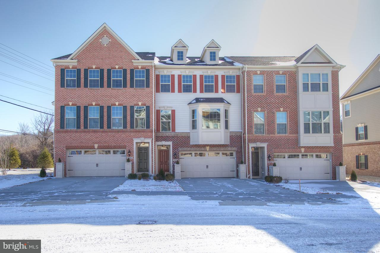 Townhouse for Sale at 14051 FOX HILL Road 14051 FOX HILL Road Sparks Glencoe, Maryland 21152 United States