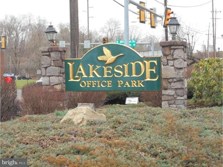 Additional photo for property listing at 104 LAKESIDE PARK  Southampton, Pennsylvania 18966 Estados Unidos