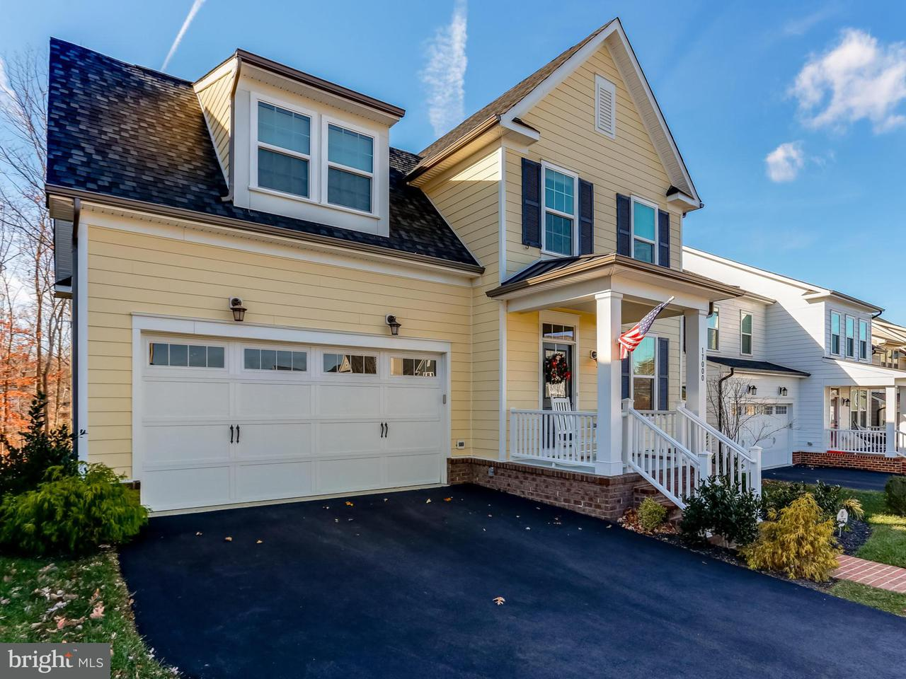 Частный односемейный дом для того Продажа на 17000 TAKEAWAY Lane 17000 TAKEAWAY Lane Dumfries, Виргиния 22026 Соединенные Штаты