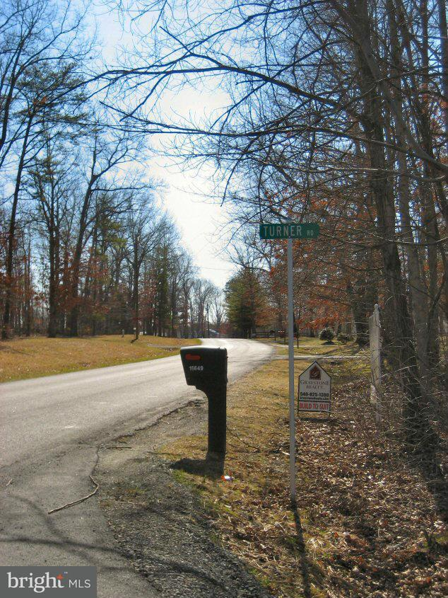 Additional photo for property listing at Mountain Track Rd  Orange, Virginia 22960 United States