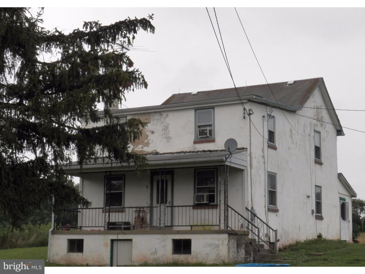 Частный односемейный дом для того Продажа на 2282 WARNER SCHOOL Road East Greenville, Пенсильвания 18041 Соединенные Штаты