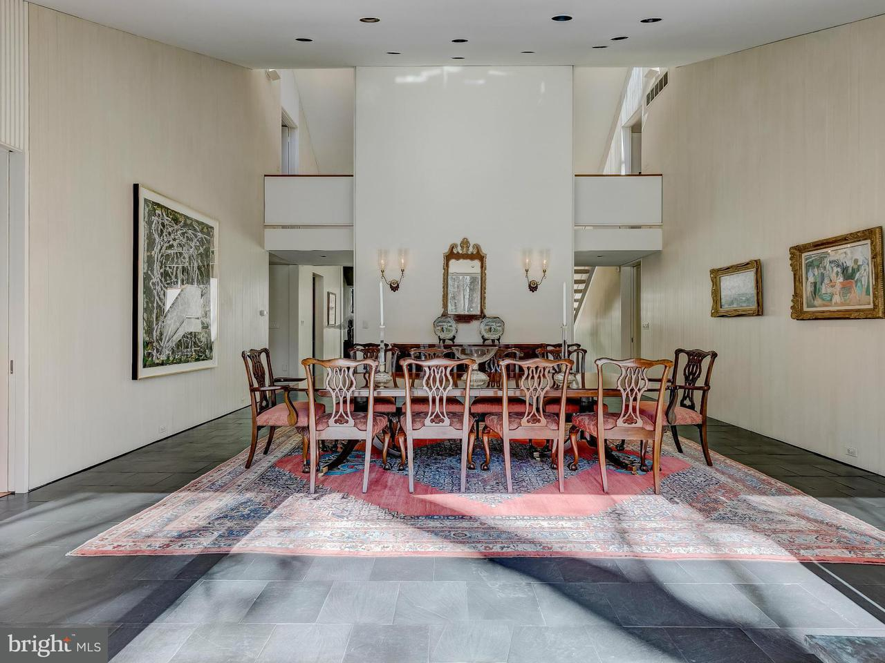 獨棟家庭住宅 為 出售 在 323 Golf Course Road 323 Golf Course Road Owings Mills, 馬里蘭州 21117 美國