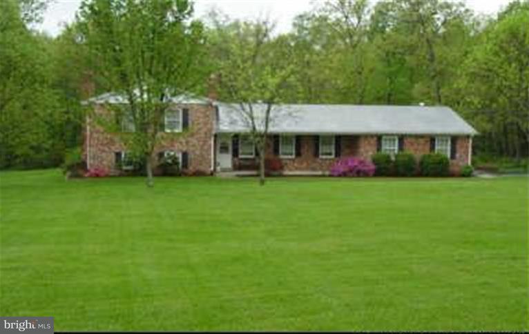 Einfamilienhaus für Verkauf beim 9638 Green Road 9638 Green Road Midland, Virginia 22728 Vereinigte Staaten