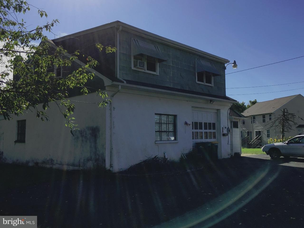Частный односемейный дом для того Продажа на 316 BITTING ALY Red Hill, Пенсильвания 18076 Соединенные Штаты