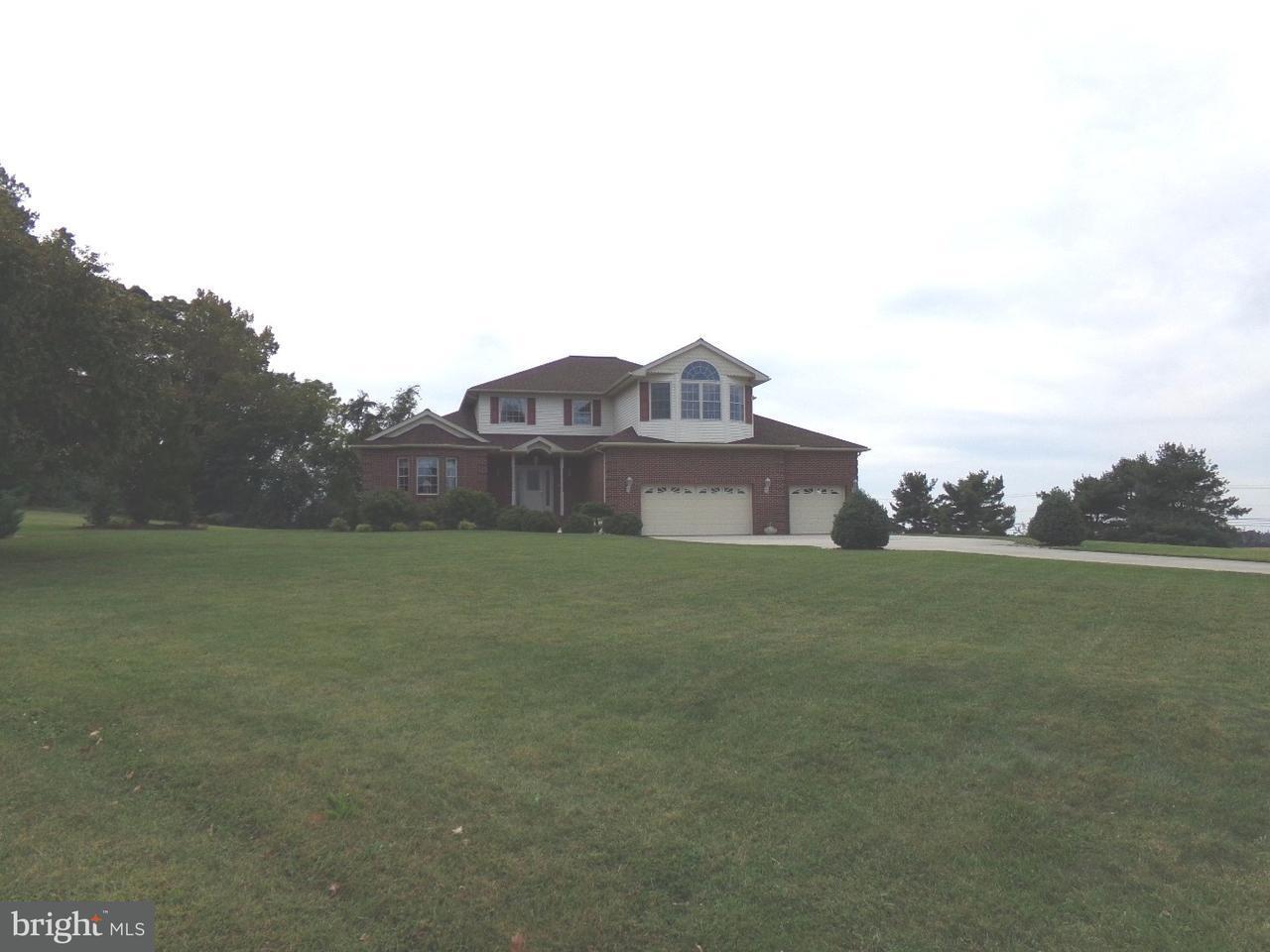 Частный односемейный дом для того Продажа на 7 HICKORY LN E Pilesgrove, Нью-Джерси 08098 Соединенные Штаты