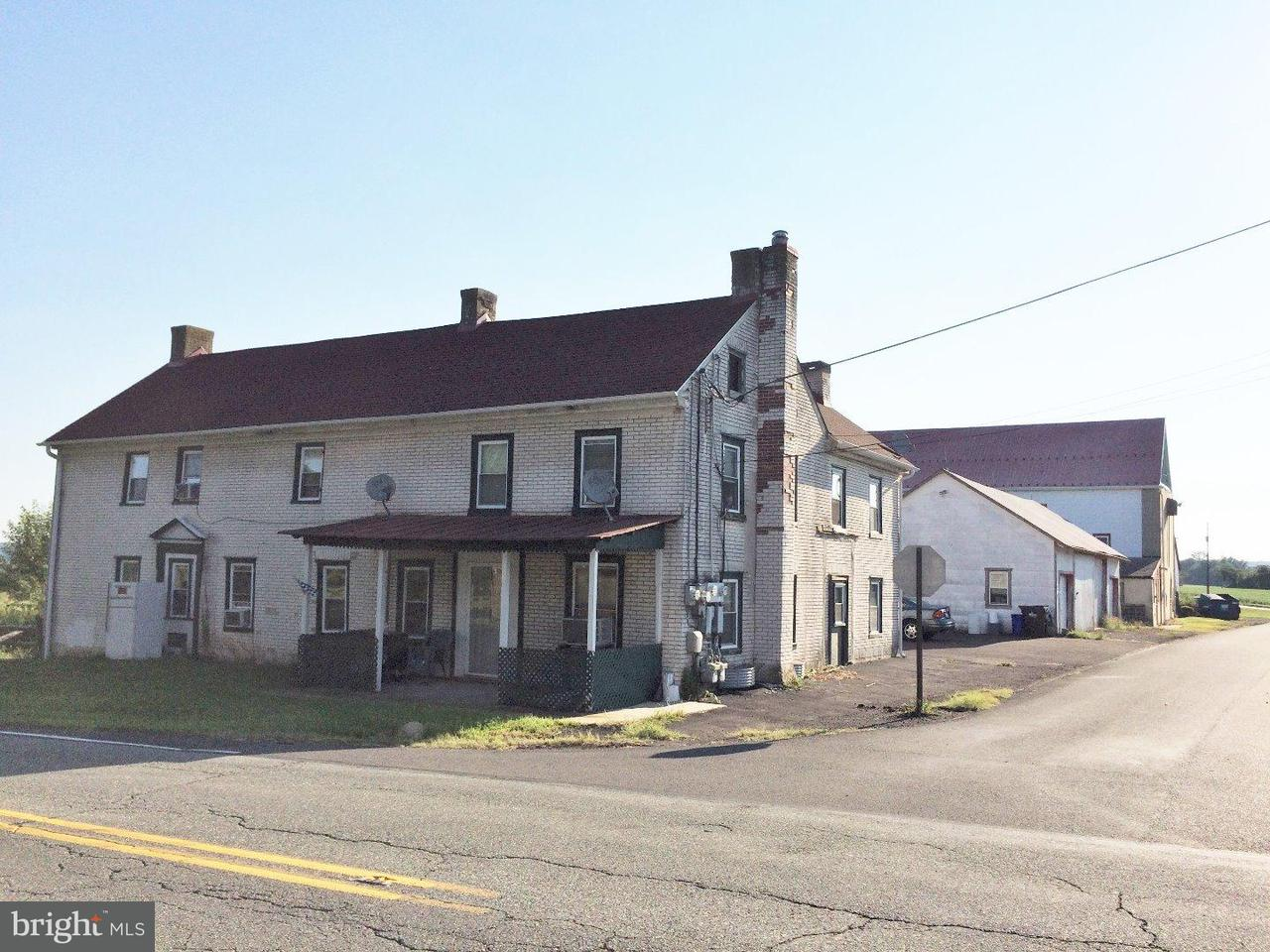 Triplex for Sale at 1001 GRAVEL PIKE Pennsburg, Pennsylvania 18073 United States
