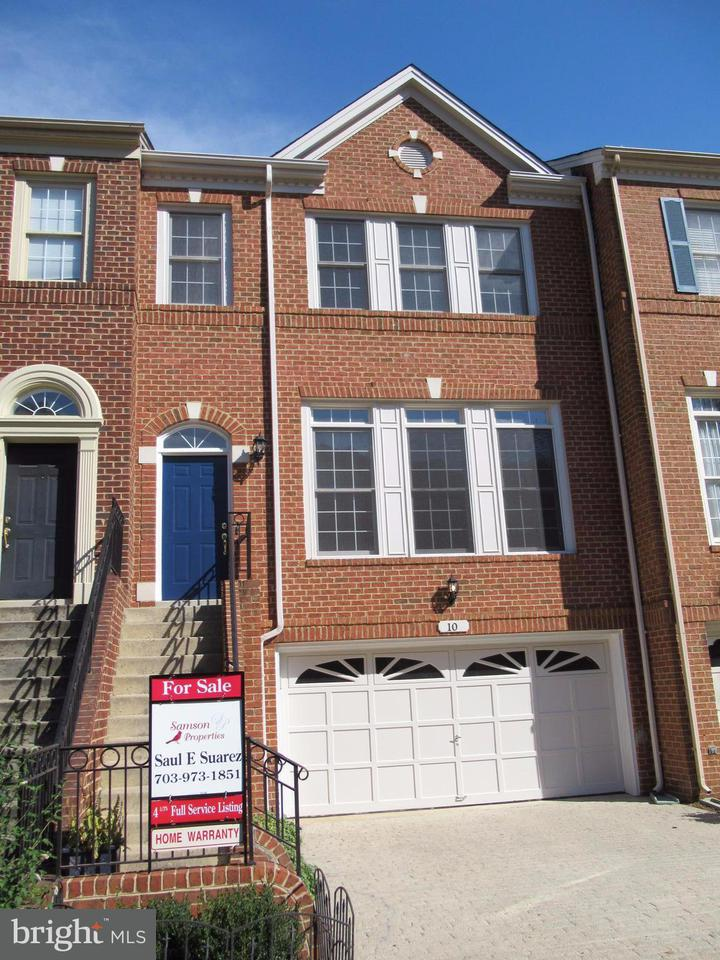 Townhouse for Sale at 10 CROFTON HILL Court 10 CROFTON HILL Court Rockville, Maryland 20850 United States