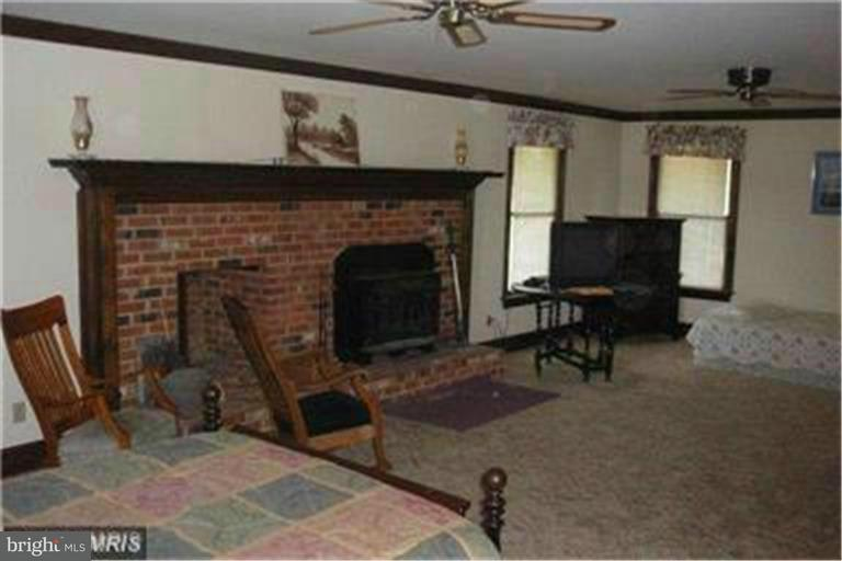 Additional photo for property listing at 5568 BUCKNER Road 5568 BUCKNER Road Bumpass, Виргиния 23024 Соединенные Штаты
