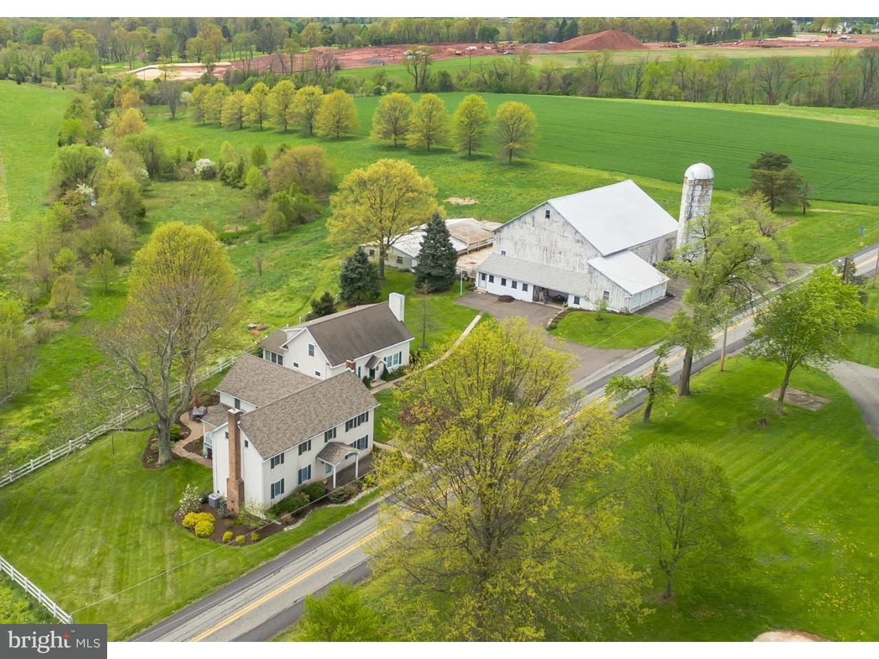 Single Family Home for Sale at 135 W LINFIELD TRAPPE Road Royersford, Pennsylvania 19468 United States
