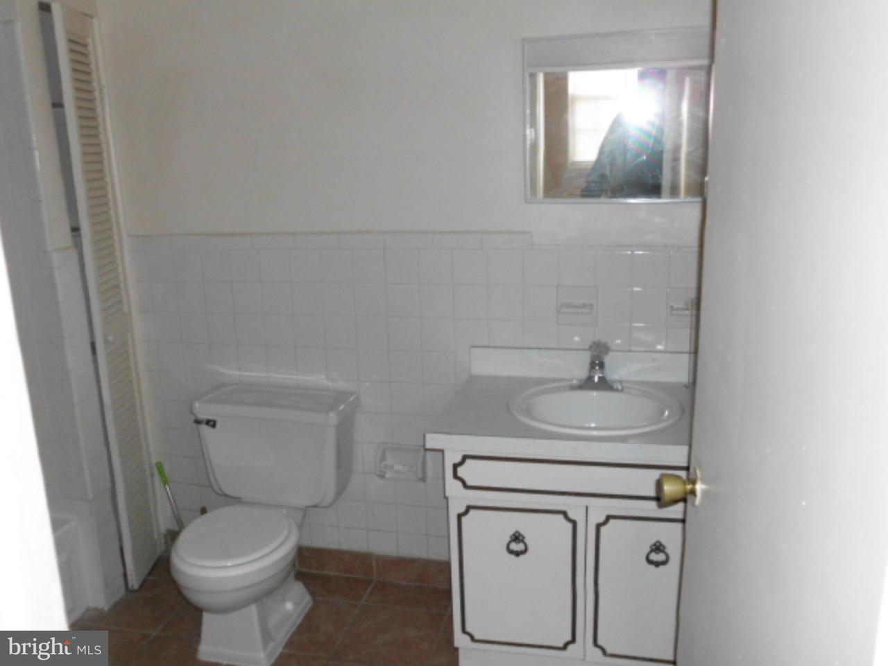 Additional photo for property listing at 2985 YORKSHIP SQ  Camden, Нью-Джерси 08104 Соединенные Штаты