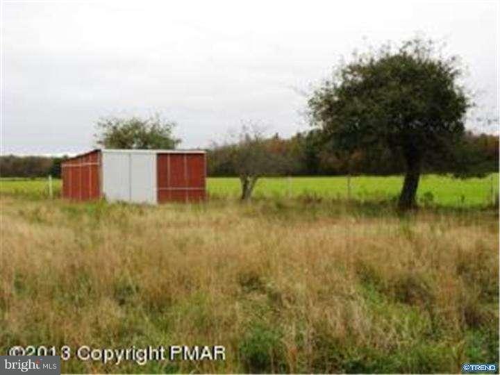 Additional photo for property listing at 1831 LONG POND Road  Long Pond, Pennsylvania 18334 Estados Unidos