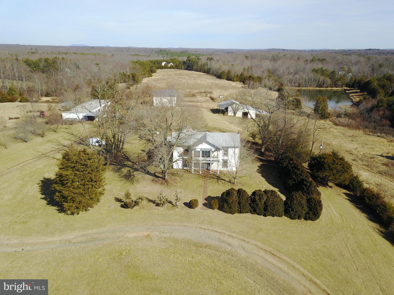 農場 為 出售 在 2195 Spotswood Trail 2195 Spotswood Trail Ruckersville, 弗吉尼亞州 22968 美國