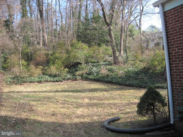 Additional photo for property listing at 3022 CASTLE Road 3022 CASTLE Road Falls Church, Virginia 22044 United States