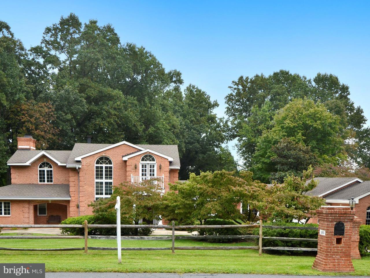 Moradia para Venda às 13413 CLEVELAND Drive 13413 CLEVELAND Drive Rockville, Maryland 20850 Estados Unidos