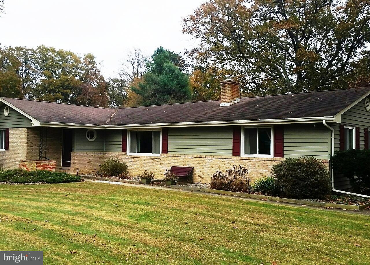 Single Family Home for Sale at 525 CAROL Avenue 525 CAROL Avenue Gambrills, Maryland 21054 United States