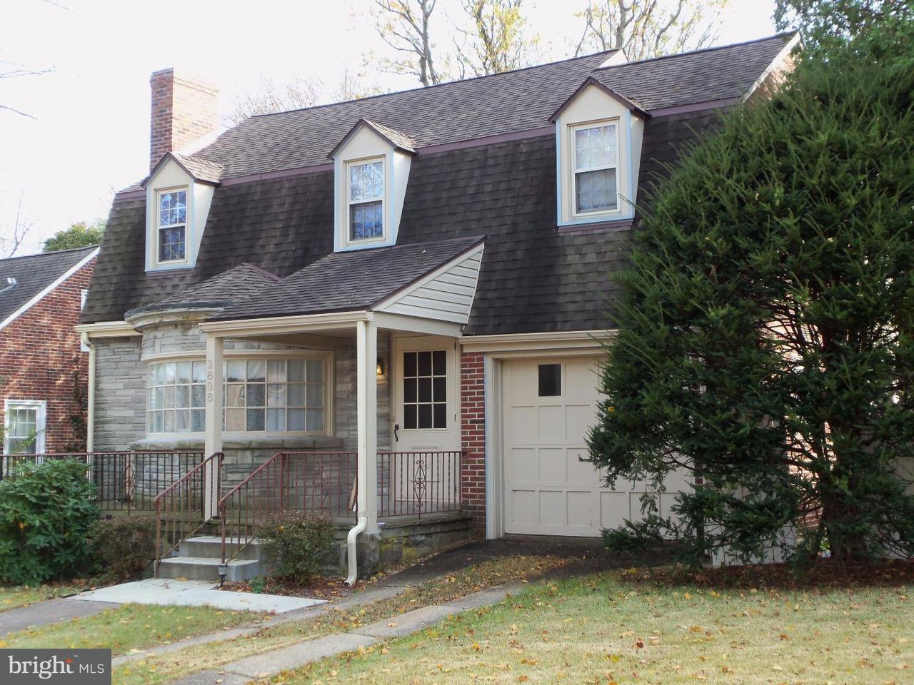 独户住宅 为 销售 在 2808 FILBERT Avenue 雷丁, 宾夕法尼亚州 19606 美国