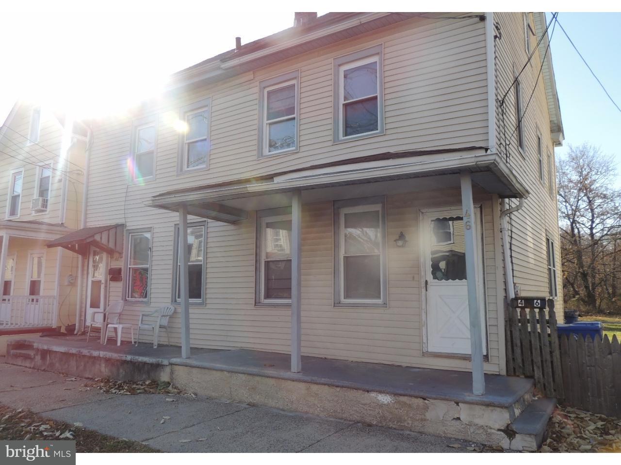 Таунхаус для того Аренда на 46 BISPHAM Street Mount Holly, Нью-Джерси 08060 Соединенные Штаты