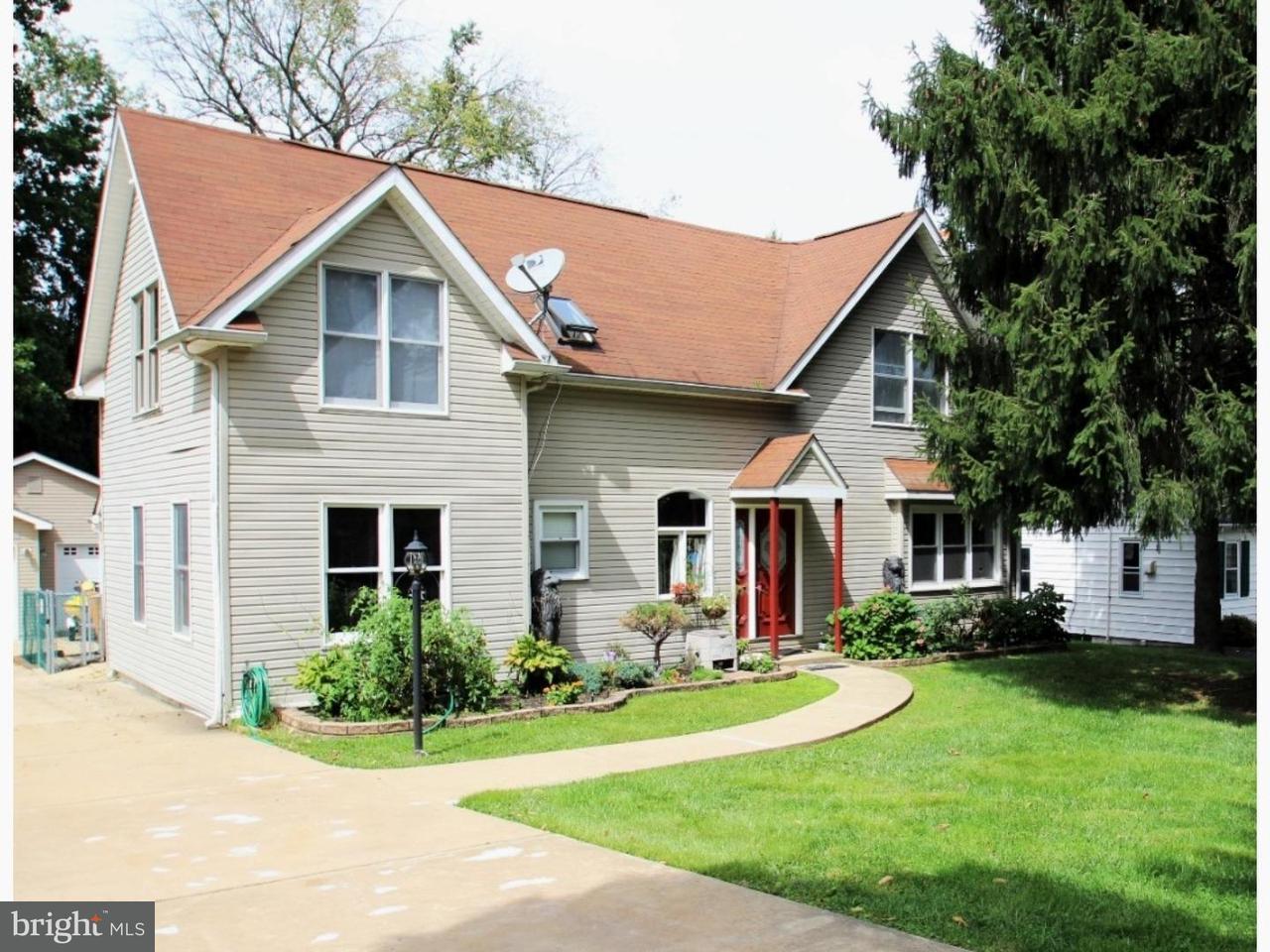 Maison unifamiliale pour l Vente à 2020 MILL Road Upper Chichester, Pennsylvanie 19061 États-Unis