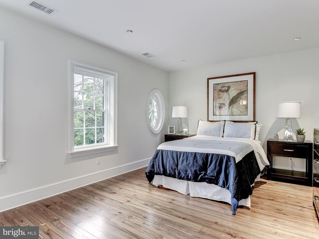 Additional photo for property listing at 1320 29TH ST NW 1320 29TH ST NW Washington, District Of Columbia 20007 United States