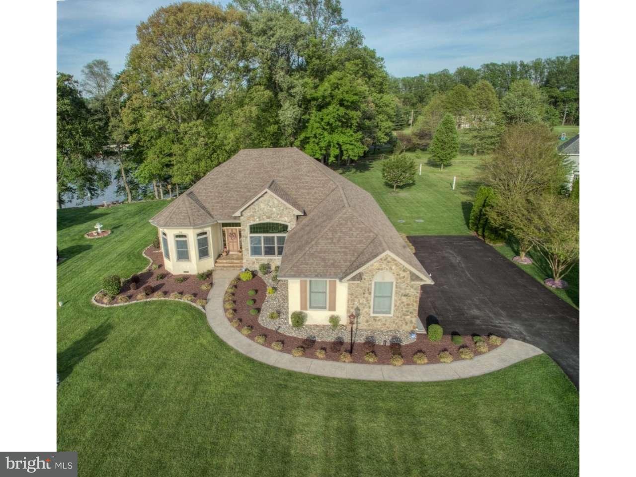 Maison unifamiliale pour l Vente à 103 COURSEY MILL Road Felton, Delaware 19943 États-Unis