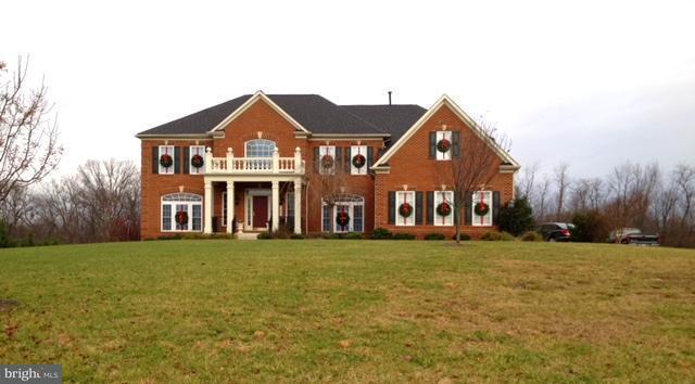 Maison unifamiliale pour l Vente à 1692 SUN BERRY Court 1692 SUN BERRY Court Finksburg, Maryland 21048 États-Unis