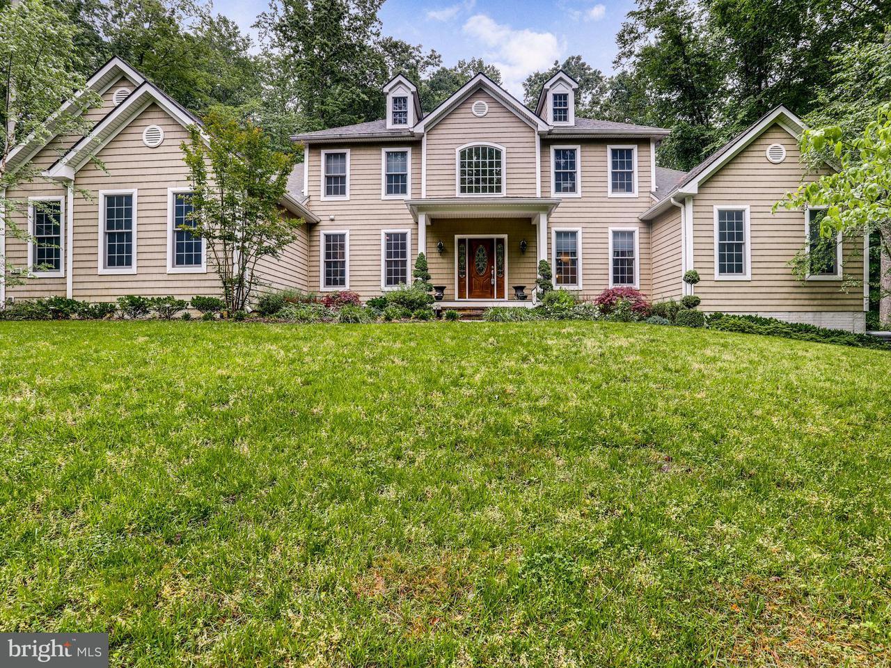 Частный односемейный дом для того Продажа на 3301 CHURCHILL FARM Road 3301 CHURCHILL FARM Road Davidsonville, Мэриленд 21035 Соединенные Штаты