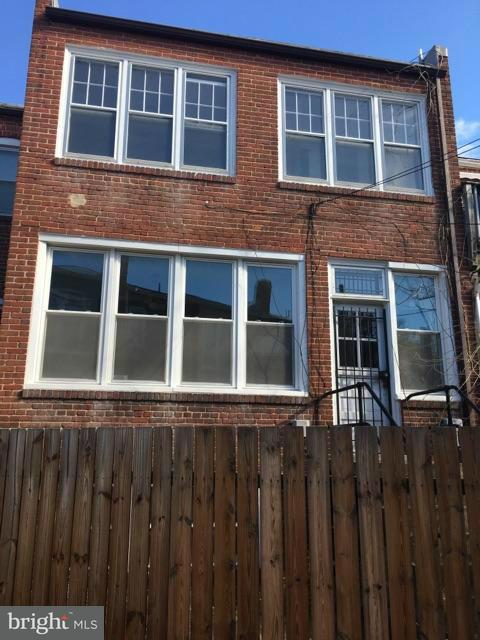 Additional photo for property listing at 1347 G ST SE 1347 G ST SE Washington, District Of Columbia 20003 Verenigde Staten