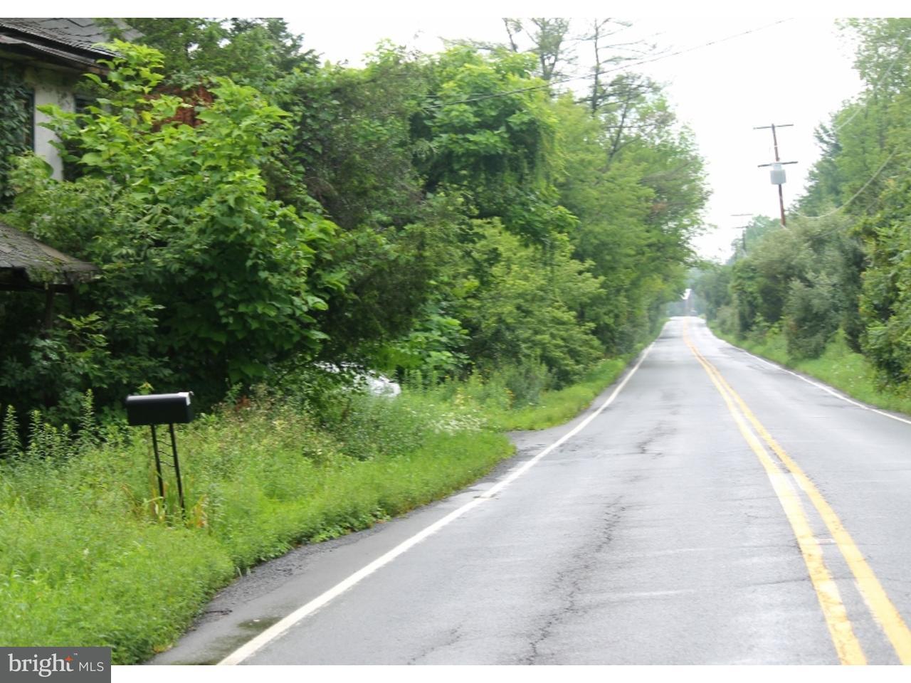 Maison unifamiliale pour l Vente à 4814 DURHAM Road Kintnersville, Pennsylvanie 18930 États-Unis