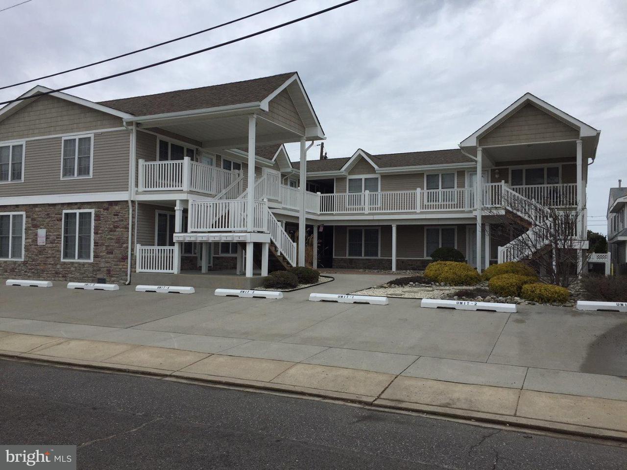 多棟聯建住宅 為 出售 在 3512 OCEAN AVE #5 Brigantine, 新澤西州 08203 美國
