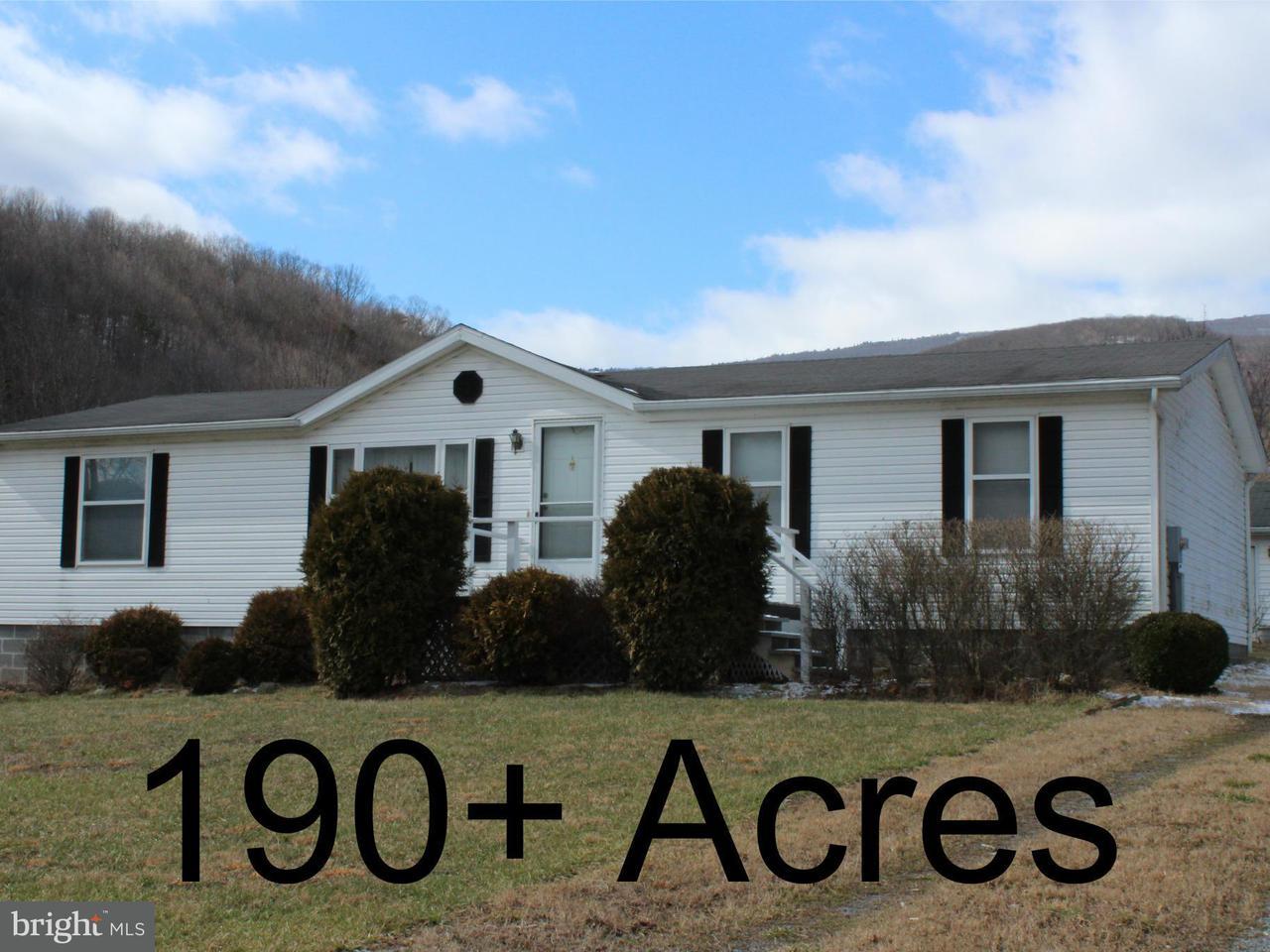 Частный односемейный дом для того Продажа на 449 LAUREL RUN Road 449 LAUREL RUN Road Mount Storm, Западная Виргиния 26739 Соединенные Штаты